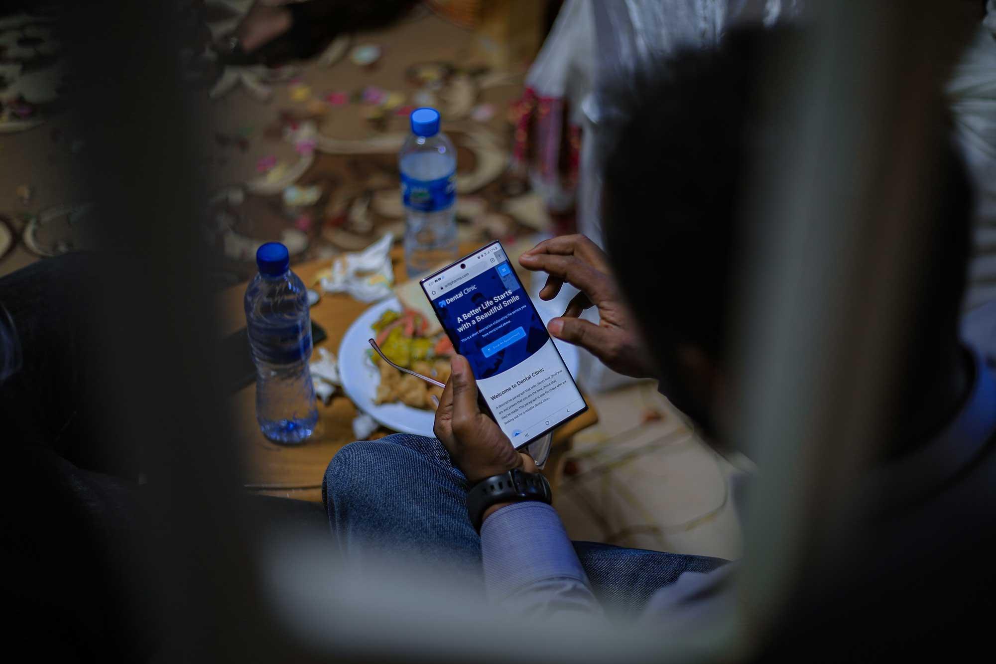 Cell phones bridge digital divide